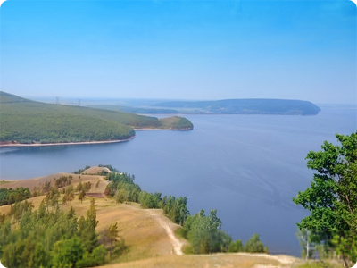 Which is the longest river of europe and russia?